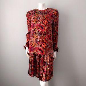 VTG 80s Fire Red Paisley Silk Skirt Set S M